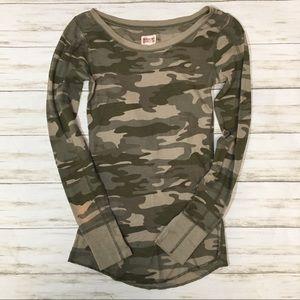 Juniors Camo Thermal Shirt